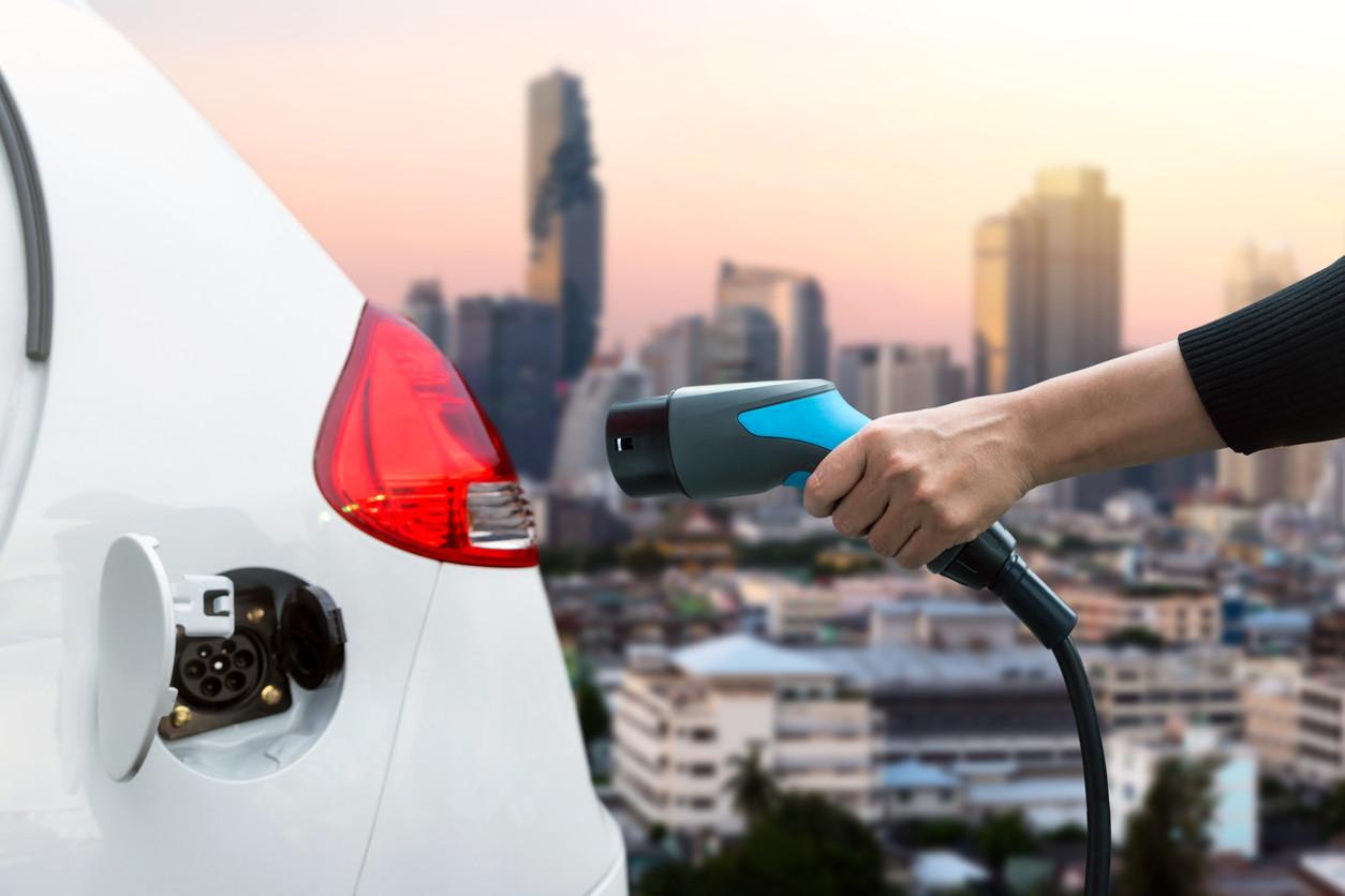 Los coches eléctricos estarán obligados a emitir ruido a partir de 2019