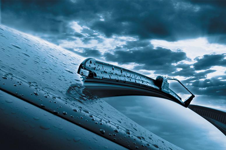 Conducir con lluvia: 14 consejos que no debes olvidar