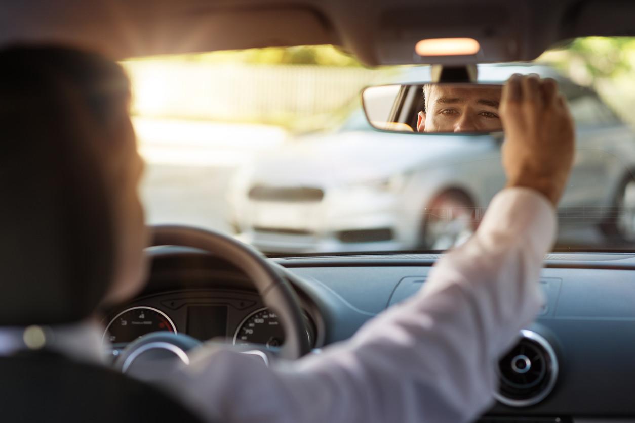 Seis trucos de conductor experimentado que nos ayudarán mucho en nuestro trayecto