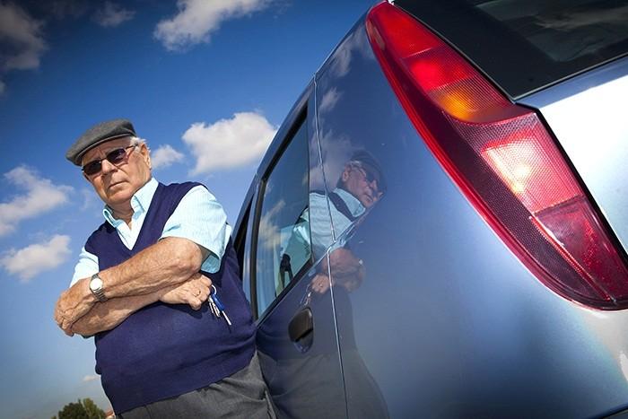 ¿A qué edad tengo que dejar de conducir?