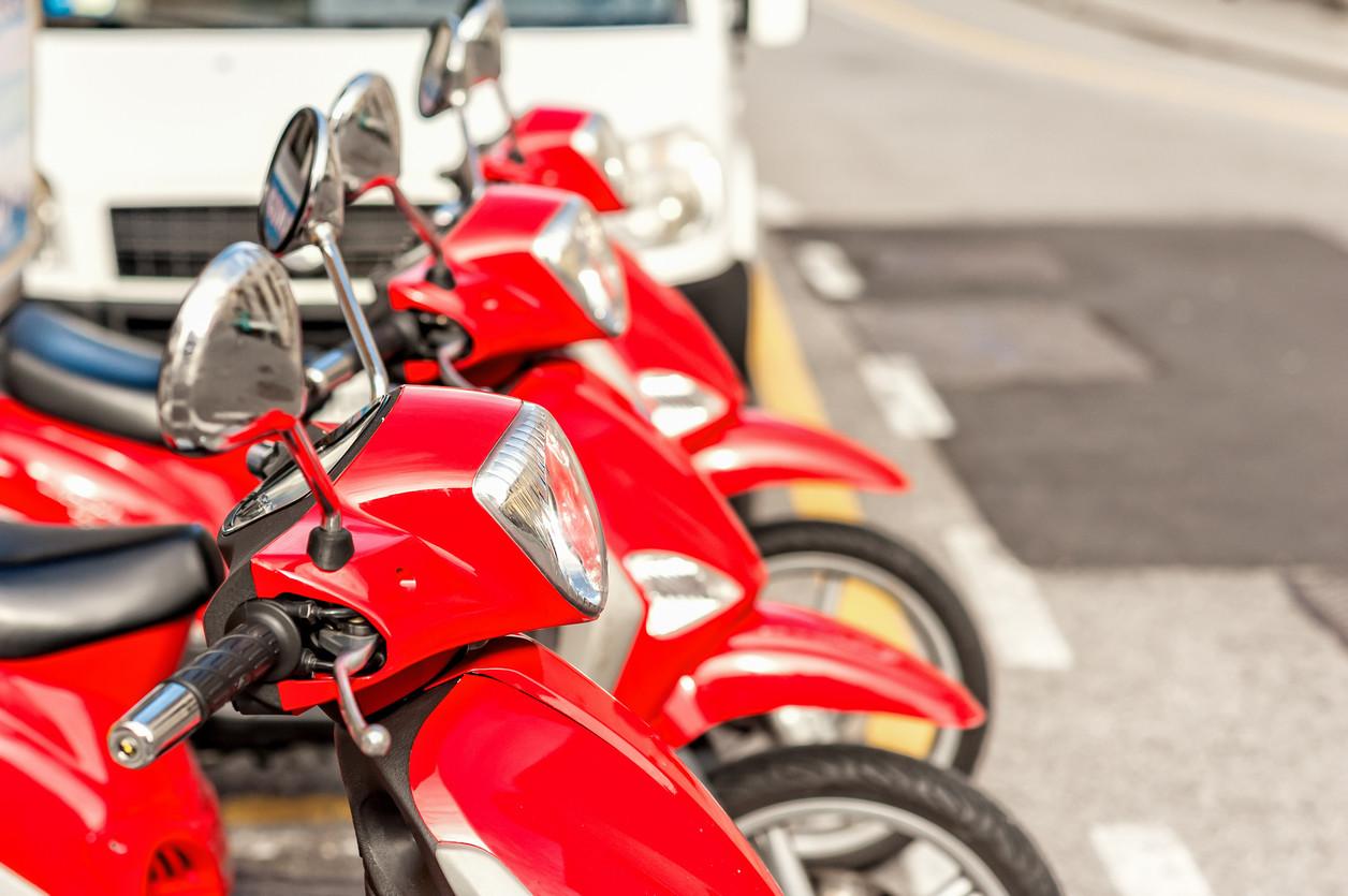 moto aparcamiento