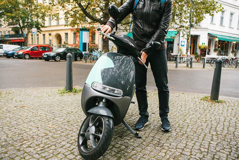 MaaS, de un modelo basado en la compra a un modelo basado en servicios que cambia la movilidad en coche y moto