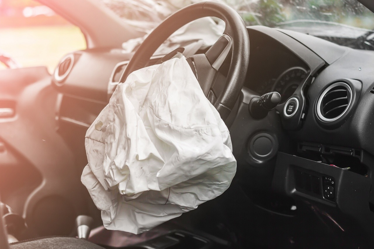 Así ha llegado la multa histórica de la UE a los fabricantes de airbags y cinturones