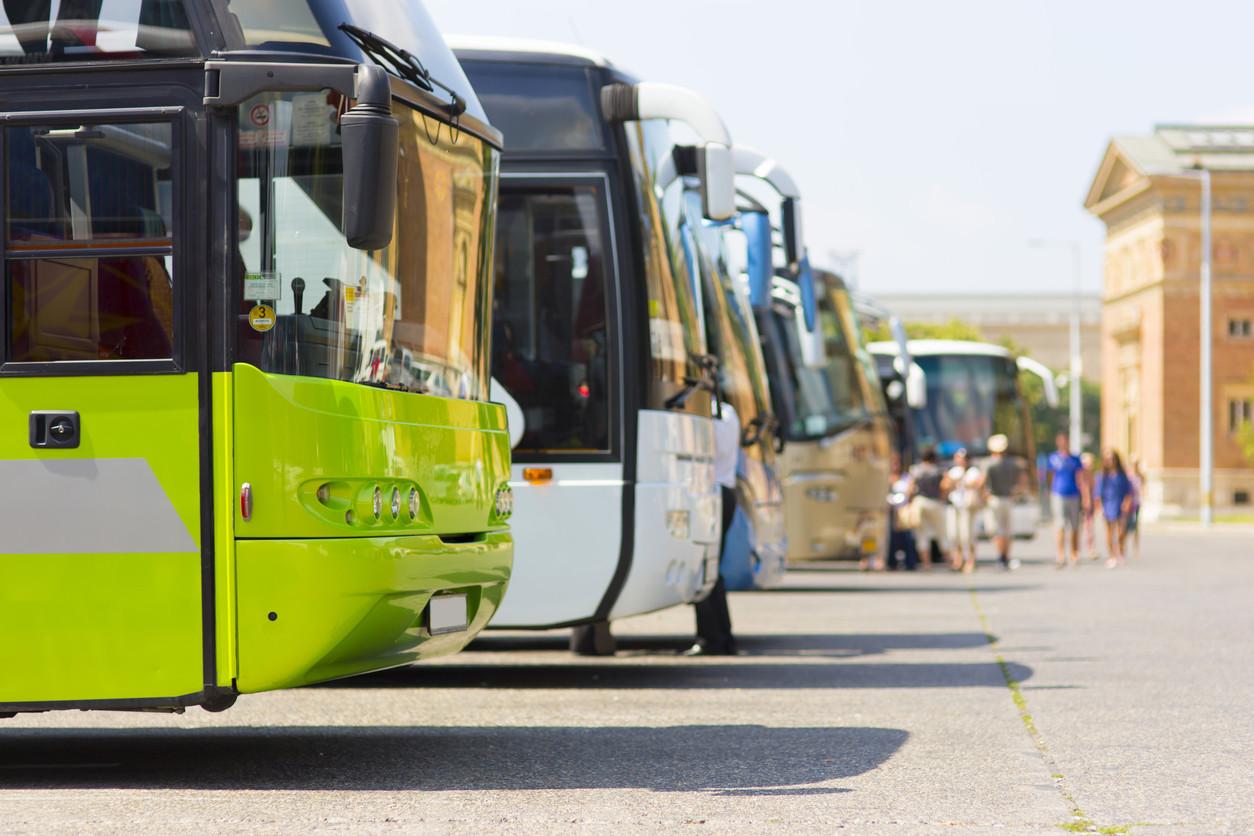 Fila de autobuses