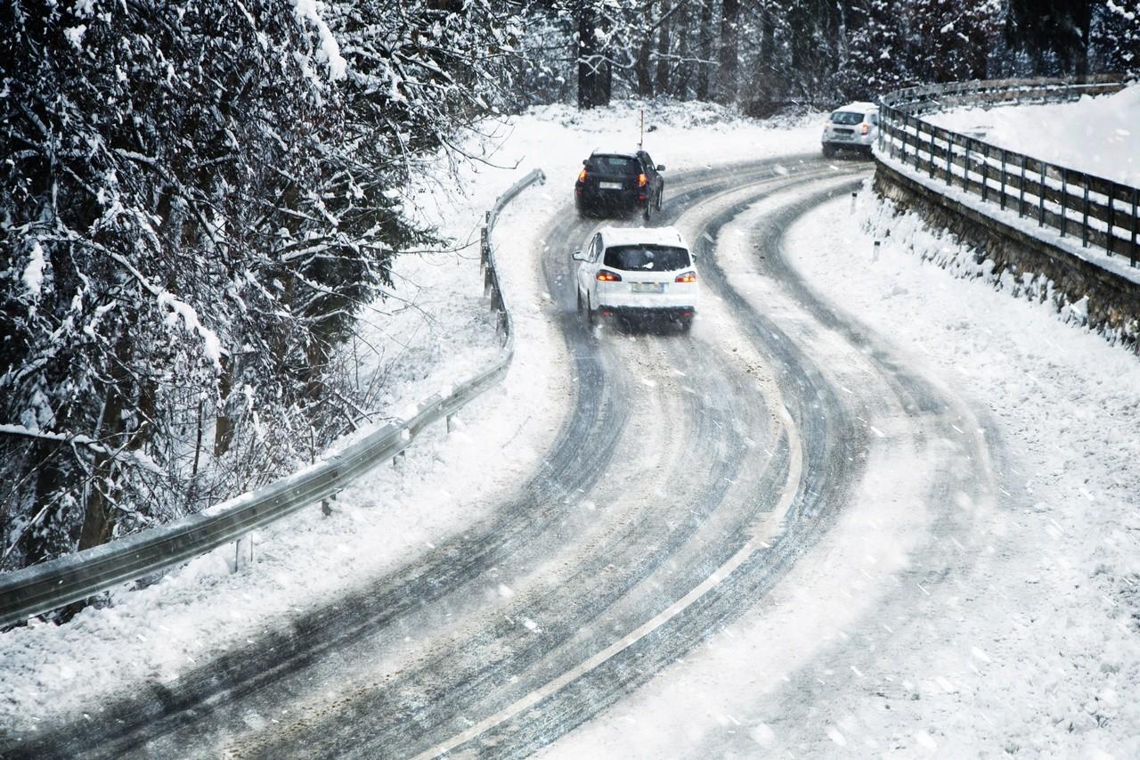 Alerta de nieve: consejos básicos para circular o dejar de hacerlo