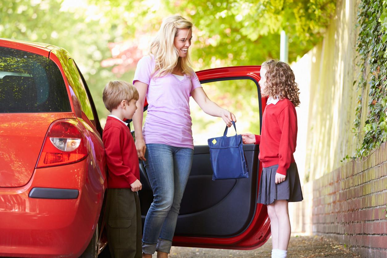 Los siete pecados capitales que hacemos al llevar a los niños al cole en coche