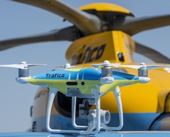 Drones para la vigilancia del tráfico y para algo mas…