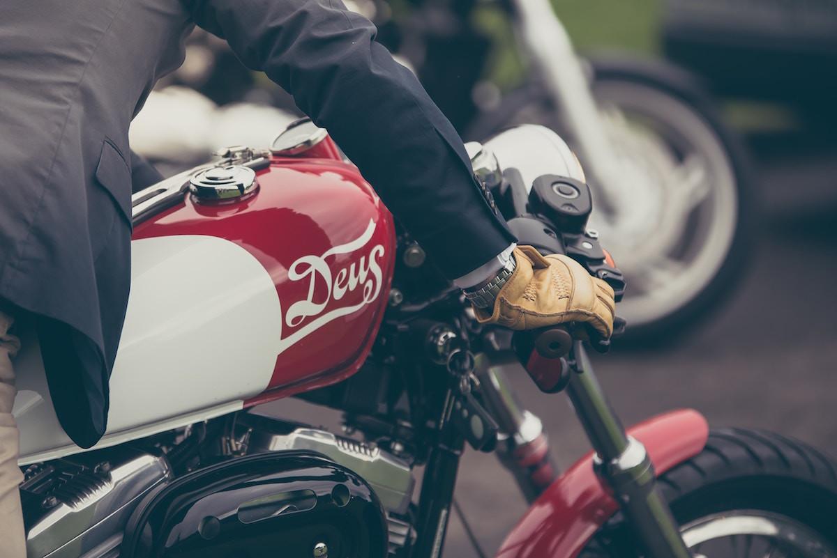Cómo elegir los guantes para la moto