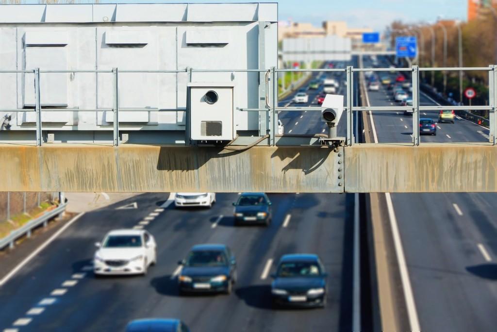 La Justicia fija los márgenes de error de los radares de tráfico