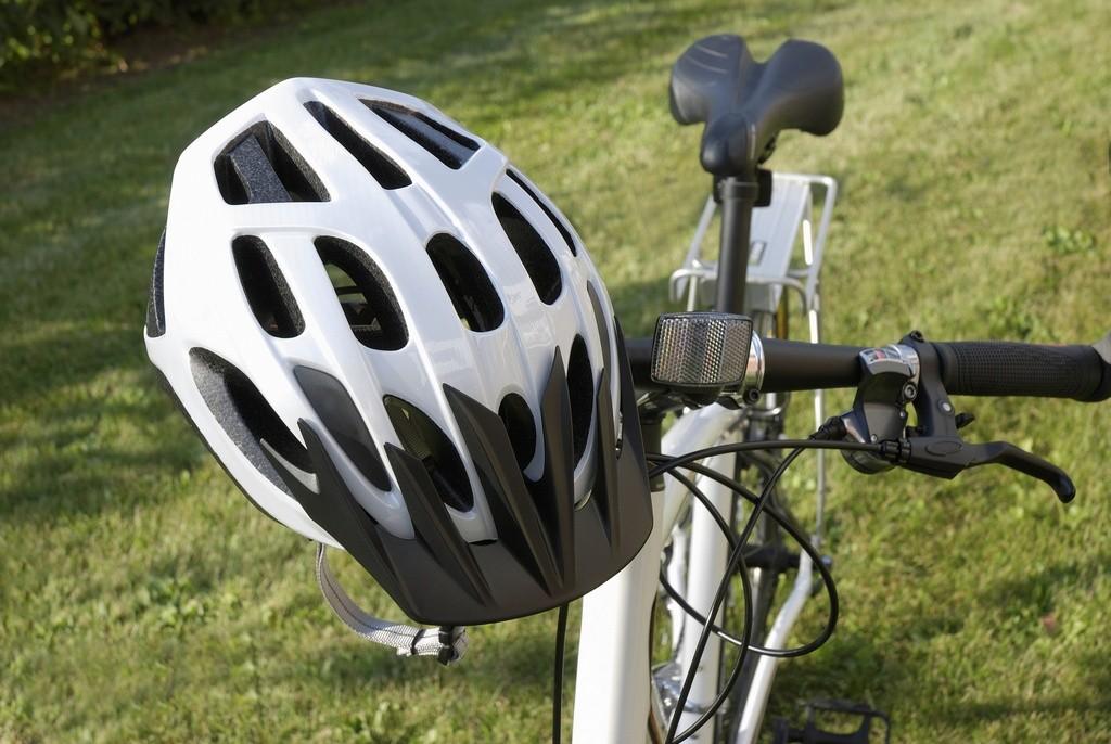 Guía para la elección y compra de un casco ciclista