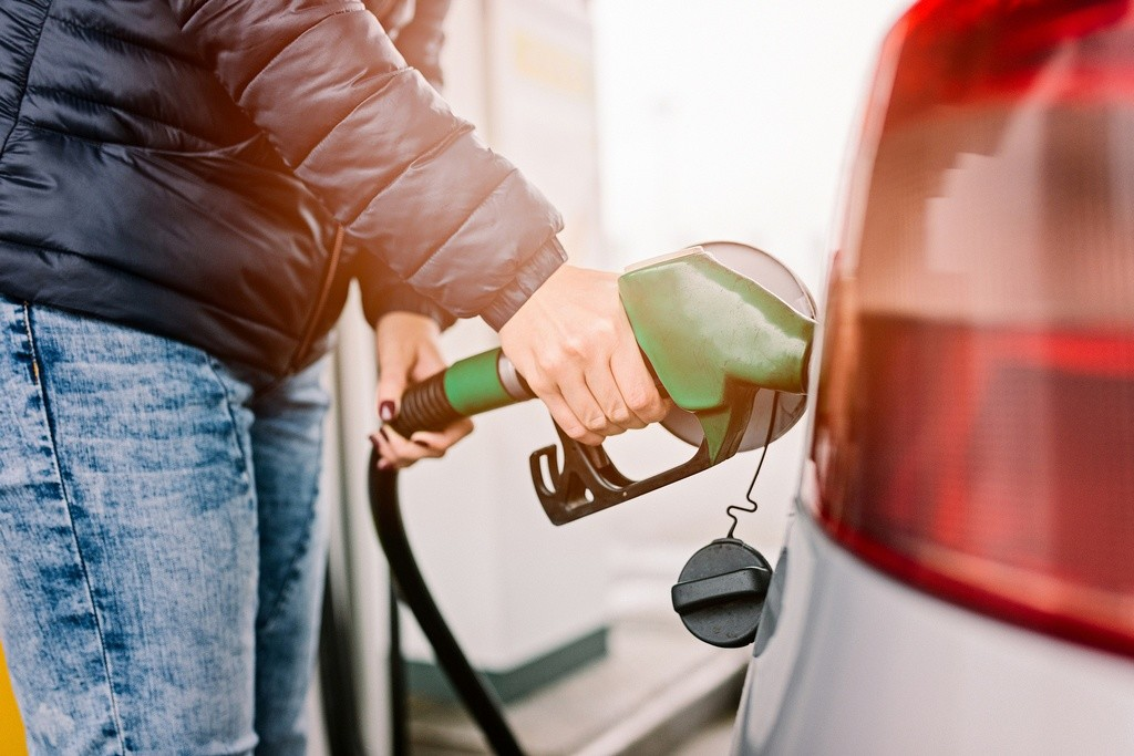 Así es cómo la conducción autónoma reducirá más el consumo de petróleo que el coche eléctrico