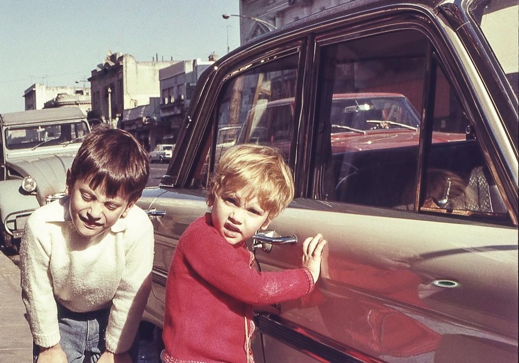 Aquellos espantosos años: cuando los niños viajaban sin cinturón