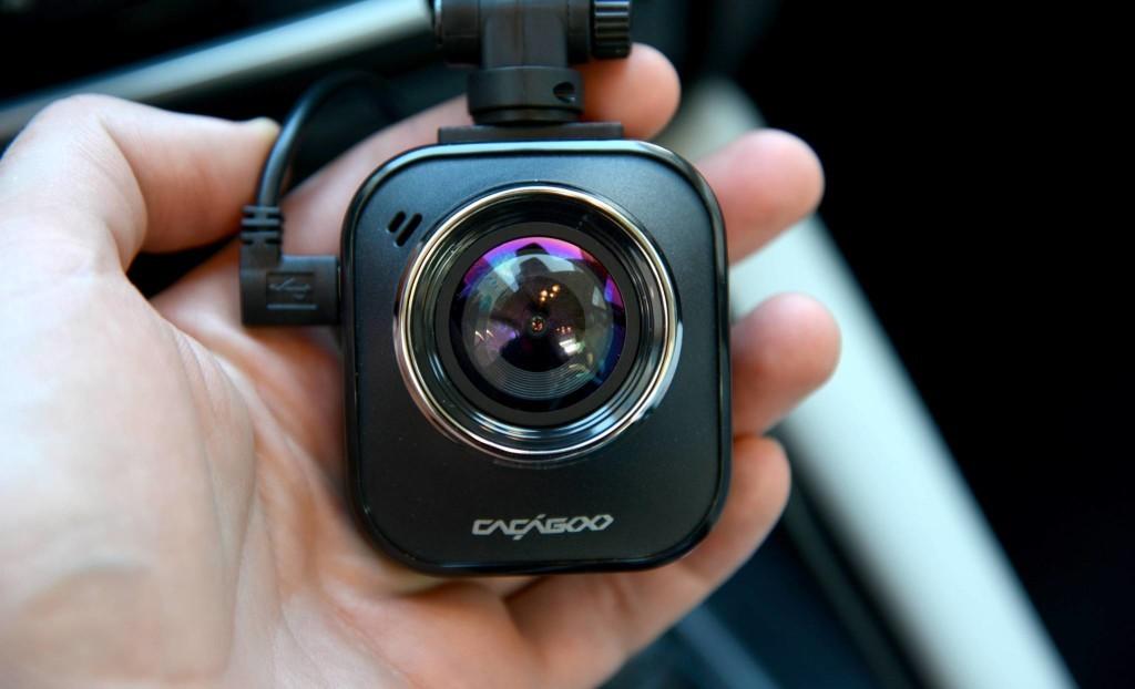 ¿Me pueden sancionar por grabar imágenes desde mi vehículo?