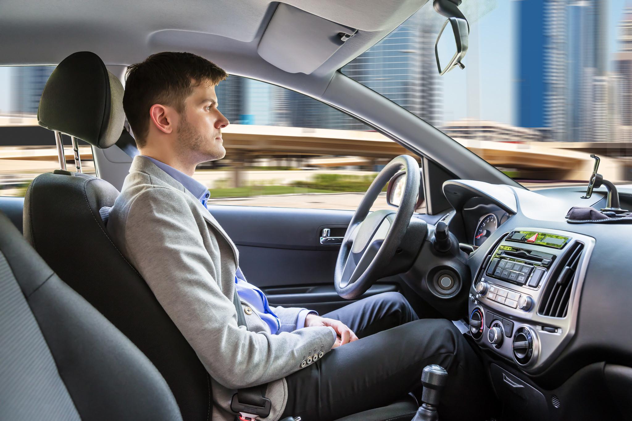 ¿Cuánto deseamos realmente la llegada del coche autónomo?