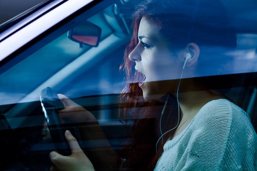 Auriculares en el coche