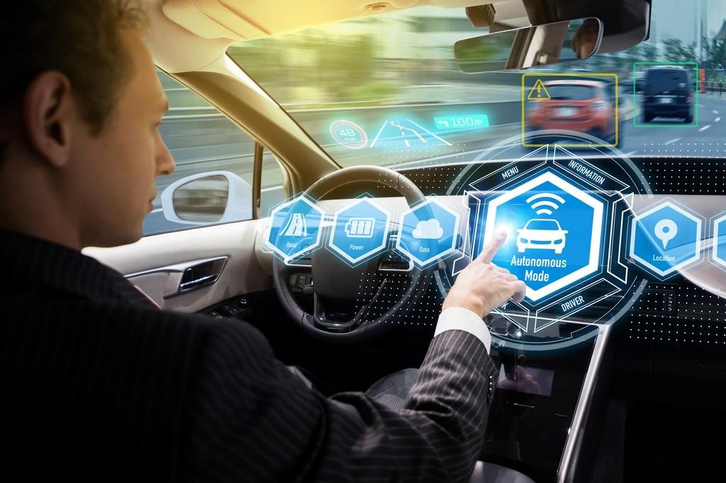 Euro NCAP nos avisa: no se puede confundir coche autónomo con asistido