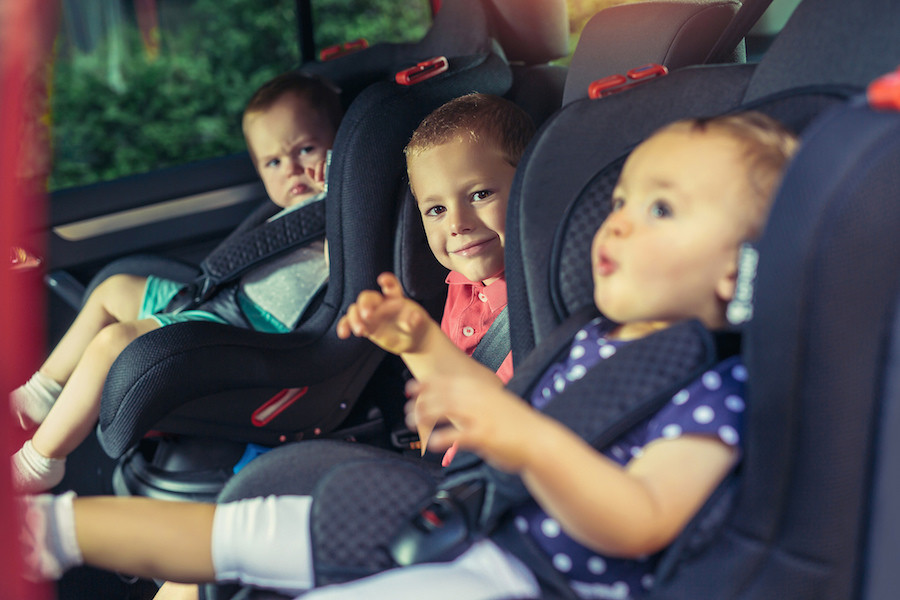 Ya existen dispositivos para prevenir el olvido de niños en el coche