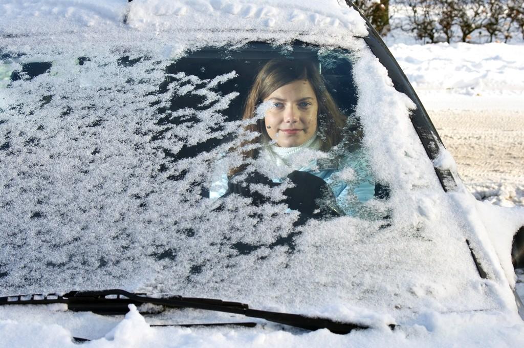 Cómo quitar y evitar el hielo en el limpiaparabrisas