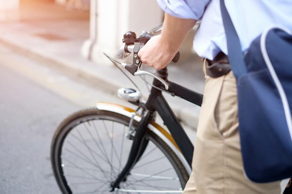 Luces de tránsito diurnas, ¿aconsejables para circular en bicicleta?