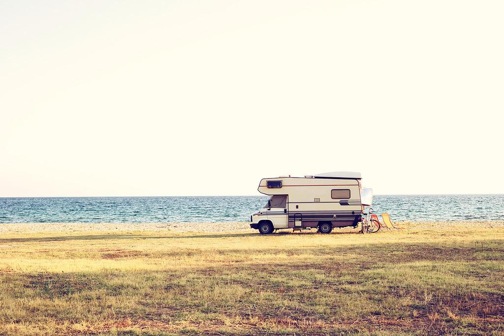 Cuatro rutas en autocaravana ideales para viajar este verano con niños por España