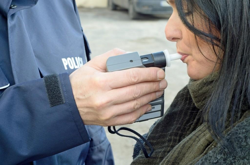 La Fiscalía da luz verde para grabar los controles de alcohol y drogas