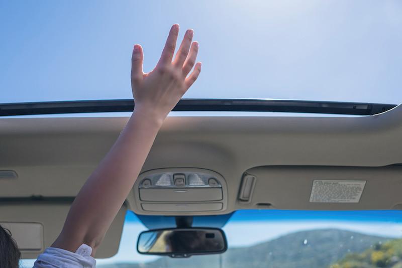 ¿Son seguros los techos de cristal panorámicos de los coches?