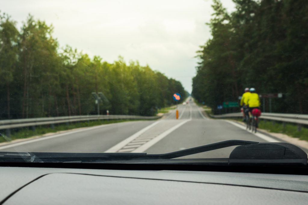 adelantar ciclista
