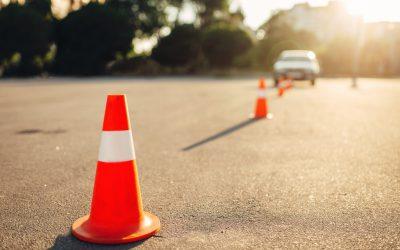 Qué sistemas ADAS están permitidos en los exámenes de conducir
