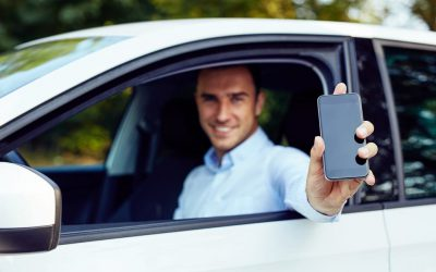 Llevar el carnet de conducir contigo, una obligación en peligro de extinción