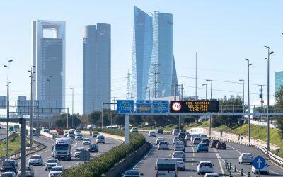 La OCU pide cambios en la movilidad urbana tras estudiar las emisiones de diez ciudades españolas