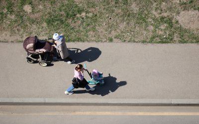 Cinco consejos para salir y moverse con niños con seguridad