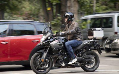 ¿Cuándo serán legales los intercomunicadores para moto?