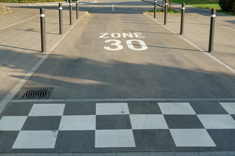 limite velocidad 30 km/h