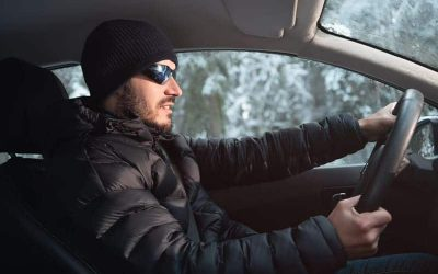 Ropa de abrigo para conducir: qué puedes y qué no puedes llevar