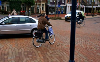 Calles de «espacio compartido»: ¿el final de los semáforos y señales en la ciudad?
