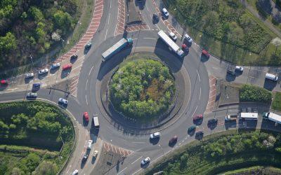 ¿Son las rotondas fuente de conflicto o eficaces para la seguridad vial?