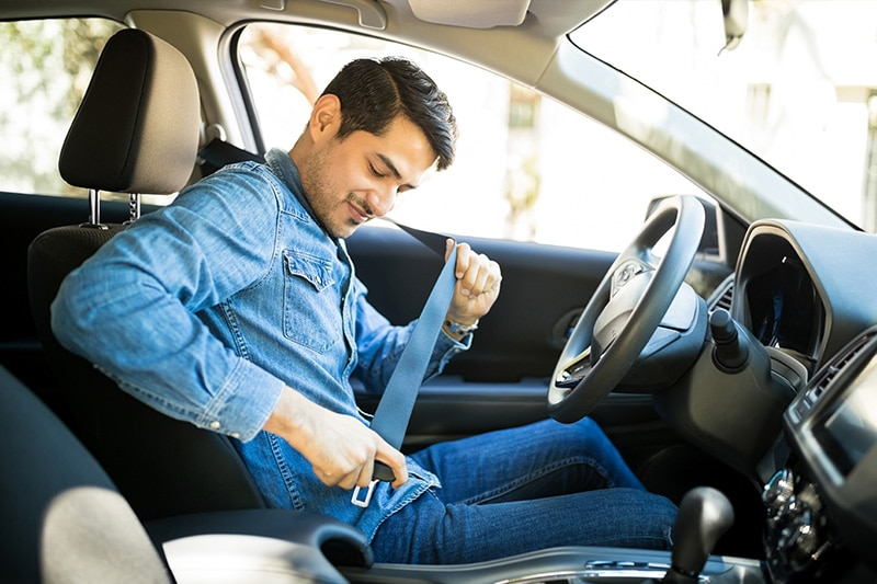 usar cinturón de seguridad dgt