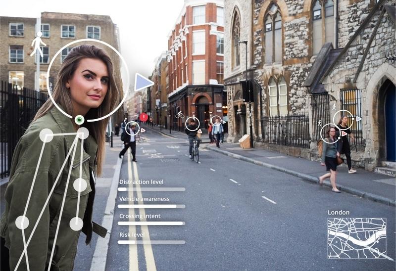 Peatones y coche autonomo
