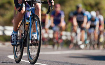 Ciclistas y giros: maniobras de alto riesgo